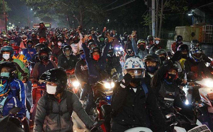 Pengendara Motor dari Bandung yang Hendak Mudik ke Garut Diminta Putar Balik